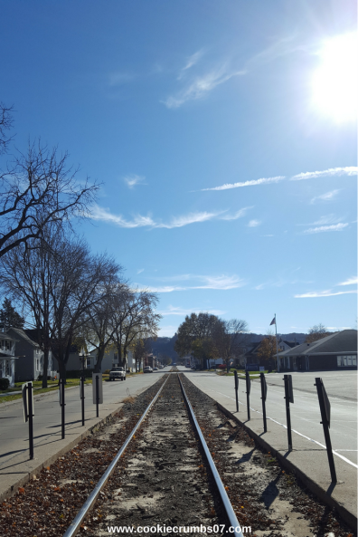 This past weekend offered the perfect Fall weather for us to roam around our small town of Bellevue, Iowa. Read the full weekend recap on the blog!