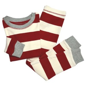 This organic cotton pajamas are perfect for your toddler on those lazy Winter days.