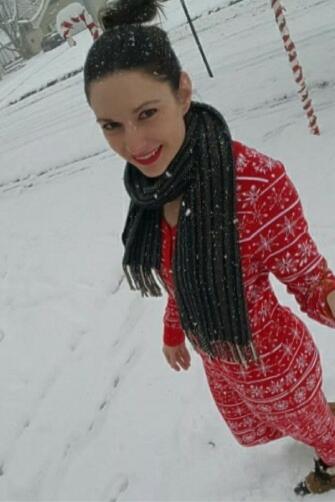 cookie-crumbs-pajamas-first-snow-2016-pinterest