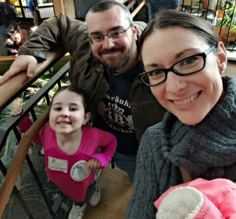 We stopped for a family selfie while at Icefest at the National Mississippi River Museum and Aquarium this weekend!