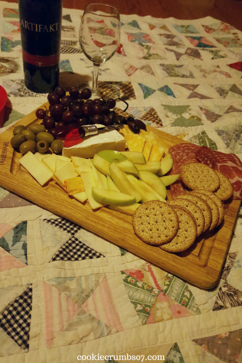 The hubs and I shared this delicious meat and cheese board and some wine for our cozy Valentine's Date In. Read about how we prepared and what else we were up to this past weekend!