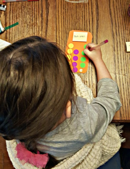 This learning activity is perfect for kindergarten aged children needing practice with numbers!